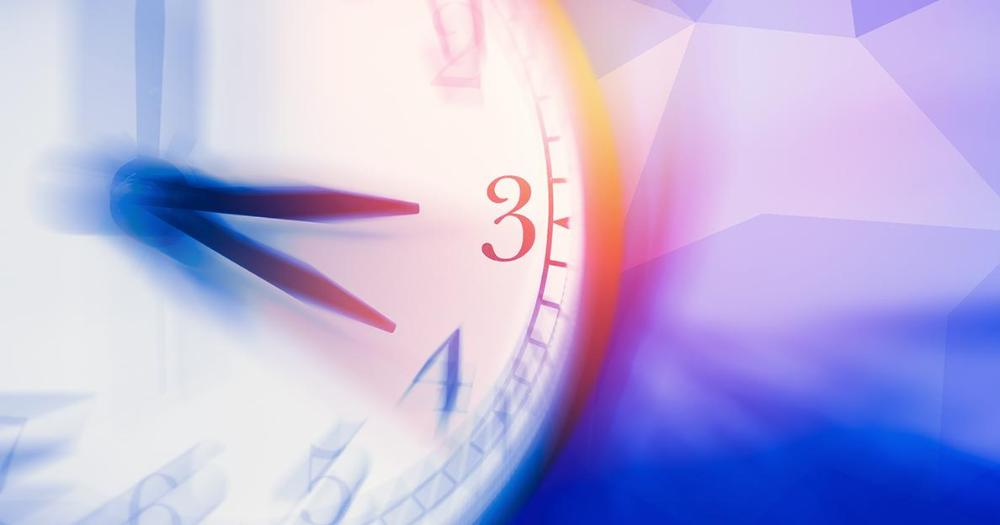 Commission proposes to end seasonal time changes (LVM/Shutterstock)