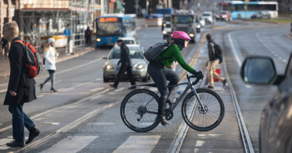 Cyclist in Helsinki. (Photo: Juha Tuomi / Rodeo)